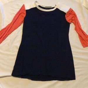 Blue pink and white 3/4 length sleeve